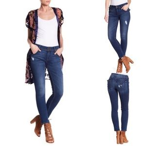 HUDSON Collin Flap Skinny Distressed Ankle Jeans